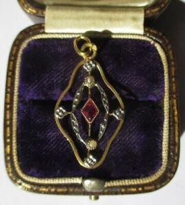 Pendentif ancien Art Déco rubis perles en or massif 18 carats french gold 750