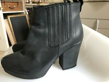 TOPSHOP DARK GREY LEATHER CHUNKY HEEL SLIP ON ANKLE BOOT SIZE 37/4