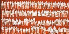 at the Train Station 120 Unpainted Figures Preiser 16352 HO Gauge (16,5 mm)