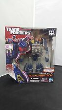 Transformers Fall of Cybertron Voyager Class Soundwave Series 01 #001 NISB 2012