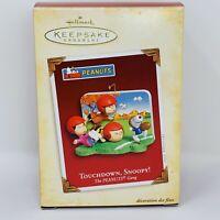 Hallmark 2005 Touchdown, Snoopy -The Peanuts Gang Keepsake Christmas Ornament