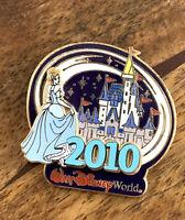 WDW Walt Disney World PIN 2010 Cinderella Castle featuring Cinderella Pin 73857