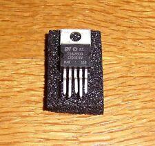 4 x TDA 2003 (10 W amplificador = 4 PCs)