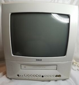 RCA 13 Inch CRT TV VCR Combo Player White Gaming TV 2 Inputs  T13072 *TESTED*