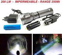 Torcia LED tattica potente militare CREE T6 batteria ricaricabile 220V 12V IP