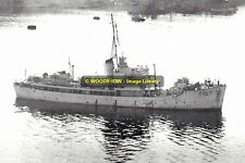 rp13349 - Royal Navy Trawler - HMS Fluellen T157 , built 1941 - photo 6x4