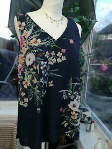MONSOON VISCOSE BLUE FLORAL TOP SIZE 8. Good Condition