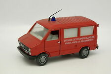 Old Cars 1/43 - Fiat Iveco Ambulance Réanimation Pompiers