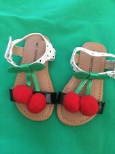 chatterbox shoes Size 6