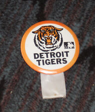 Vintage 1969 Detroit Tigers button with MLB logo & original pin and protection