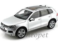KYOSHO 08821CS 2010 VW VOLKSWAGEN TOUAREG FSI SUV 1/18 COOL SILVER METALIC