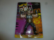 NEW ON CARD 1997 WRESTLING ACTION FIGURE HOLLYWOOD HOGAN WCW  WWF HULK NWO 8501