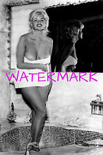 """Jayne Mansfield 4""""x6"""" almost topless super busty in towel picture 4""""x6"""" photo d"""