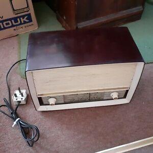 vintage bakelite valve Radio Ekco u332 in dark red