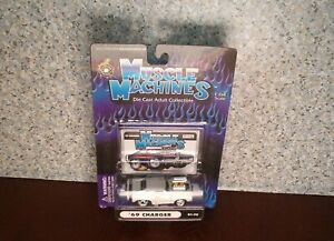 Muscle Machines Dodge 1969 Charger R/T White 2000 Funline Collectibles on card