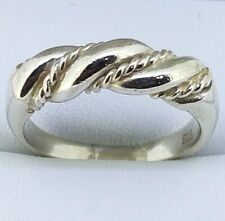 925 Sterling Silver Ring with twist rope design