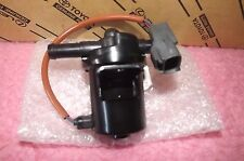 TOYOTA MAIN FUEL TANK CHANGEOVER SOLENOID LANDCRUISER HZJ HDJ   NEW AND GENUINE