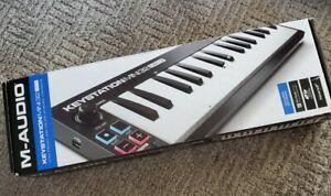 M-Audio Keystation Mini 32 MK3 music keyboard controller MIDI USB ultra portable
