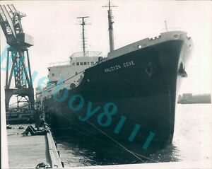 1974 Cargo Ship Halcyon Castle Moored on the Tyne original press Photo