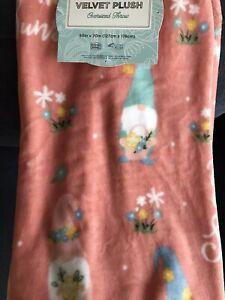 NWT Spring Garden Gnome Pink Easter Soft Plush Throw Blanket 50 x 70