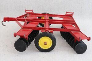 Vintage 1960s 1970s Ertl Massey Ferguson Wing Disc Farm Tractor Accessory 1/16