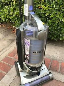 Fantom Twister bagless vacuum cleaner