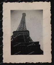 Paris-Île-de-France-WW2-1940-Frankreich-Eifelturm-