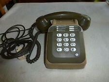ANCIEN TELEPHONE  S 63 MARRON  A TOUCHE FONCTIONNE