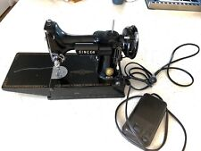 New ListingSinger Sewing Machine Vintage Featherweight 221