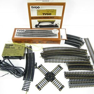 VINTAGE TYCO HO SCALE ELECTRIC POWER PACK & TRACK LOT - TESTED