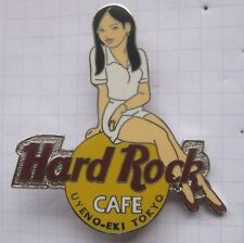HARD ROCK CAFE/Tokyo White Girl of rock... Pin (146k)