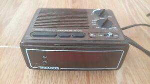 Vintage Timemaster Retro Alarm Clock Eighties *Radio Tested and Working*