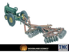 D207 Woodland Scenics OO/HO Scale Disc & Tractor Early Tractor & Plough Kit
