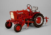 Farmall Cub with Cultivator 1:16 Diecast Model - SpecCast ZJD1816*