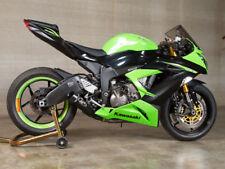 Escape y sistemas de escape para motos Kawasaki con anuncio de conjunto