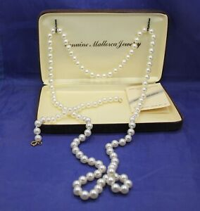 "Vintage Genuine Mallorca Knotted Pearl 36"" Necklace & Bracelet. Original Case"