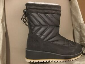 UGG Women Beck 1095146 Charcoal Grey Waterproof Quilted Boot Size 7.5  MSRP $195