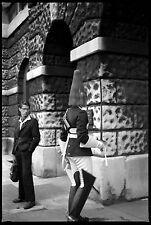 Cavalier anglais jeune homme - Ancien négatif photo an. 1960