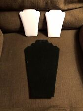 A Set Of 3 Necklace Displays 2 Patent White And 1 Black Velvet