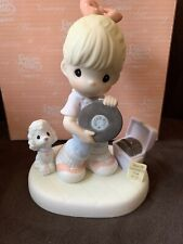 Precious Moments Figurine HOPPING FOR THE BEST W Box  4001670 Limited Edition