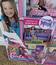 barbie dream house Has Some Product Picture Damage.