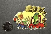 + HTF The Grinch Max Cindy Lou Who 2001 Fastpitch Aurelio's Illinois team pin +