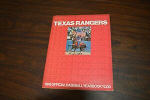 1976 TEXAS RANGERS Yearbook Baseball GAYLORD PERRY Hargrove FREGOSI Burroughs