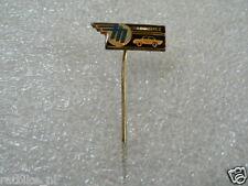 PINS,SPELDJES A PARDUBICE CAR ? 50'S/60'S/70'S ANSTECKNAGEL CAR AUTO