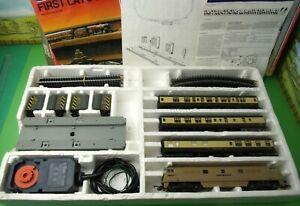 Lima Western Express set class 52 D1023 & 3 GWR coaches, coach wash & track (Z)