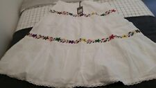 LADIES SKIRT - EXCLUSIVE SUSSAN GARMENT  SIZE 14 WHITE EMBROIDERED RRP $99.95