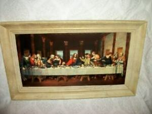 VINTAGE LITHOGRAPH EMBOSSED TIN LAST SUPPER PICTURE HOLLAND CREAMY WOOD FRAME