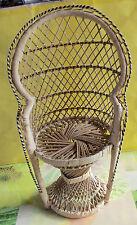ANCIEN FAUTEUIL OSIER STYLE EMMANUELLE POUPÉE, HAUTEUR 40cm VINTAGE 1970