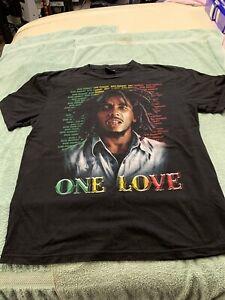 Bob Marley Size Large  ( Rock Wear T-Shirt)