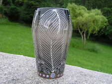 Sally Tuffin Dennis Chinaworks Feather Vase National Portrait Gallery NUMBER ONE